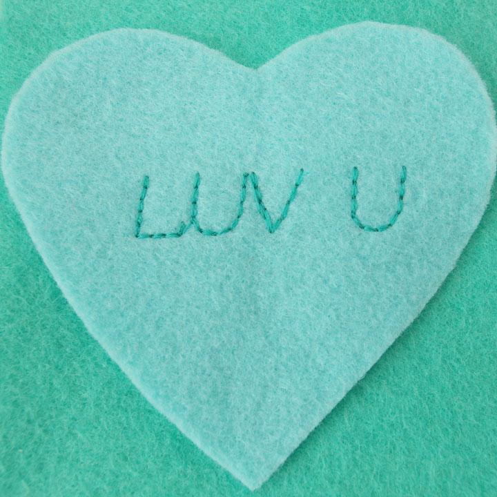 easy-felt-heart-garland3